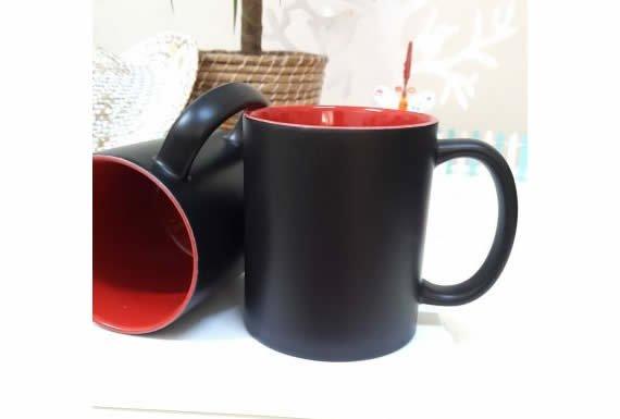 İçi Renkli Kırmızı Sihirli Kupa